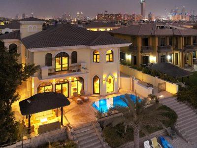 Dubai Vacation Villas with Pool