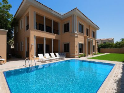 Maison Privee - Luxury 5BR Villa with Private Pool and Beach