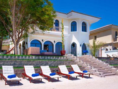 Spectacular Beachfront Villa Private Pool
