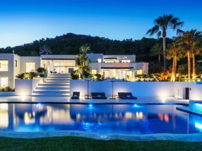 Luxury Villa with Superb Sea Views, Ibiza Villa 1054